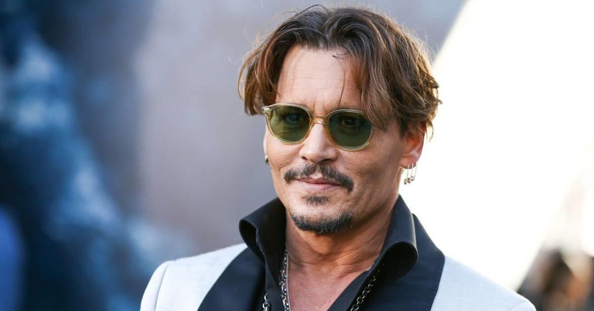 Poveștile celebrităților care s-au luptat cu și au învins dependențele: Johnny Depp (III)