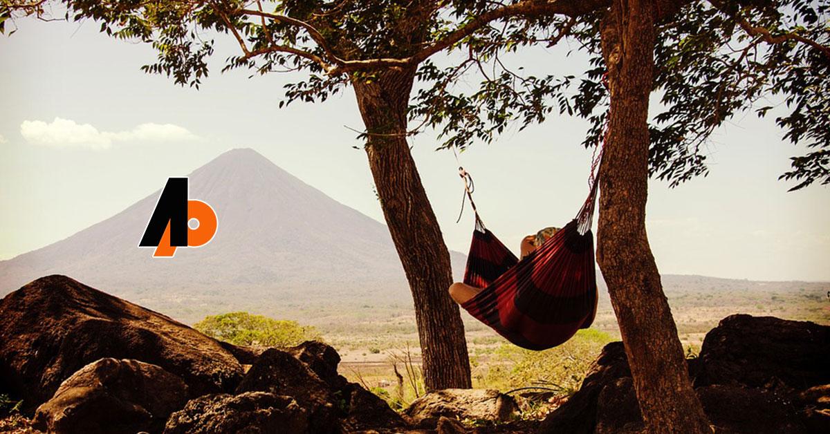Calea hamacului: designul calmului pentru o viaţă ocupată - Marga Odahowski