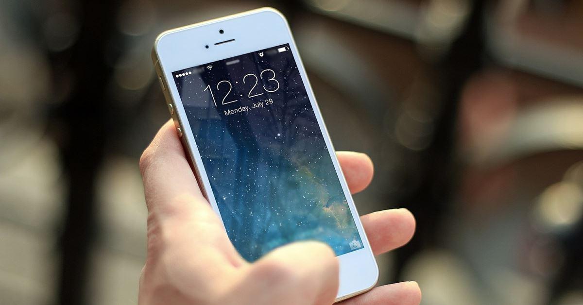 De ce vor Apple și Google să folosești mai puțin telefonul?