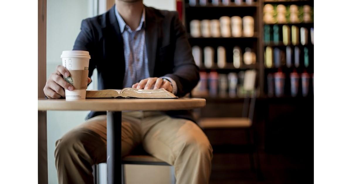 Cum transformi o idee de afacere pornită acasă într-un brand internațional de succes precum Starbukcs, Apple sau Humana?