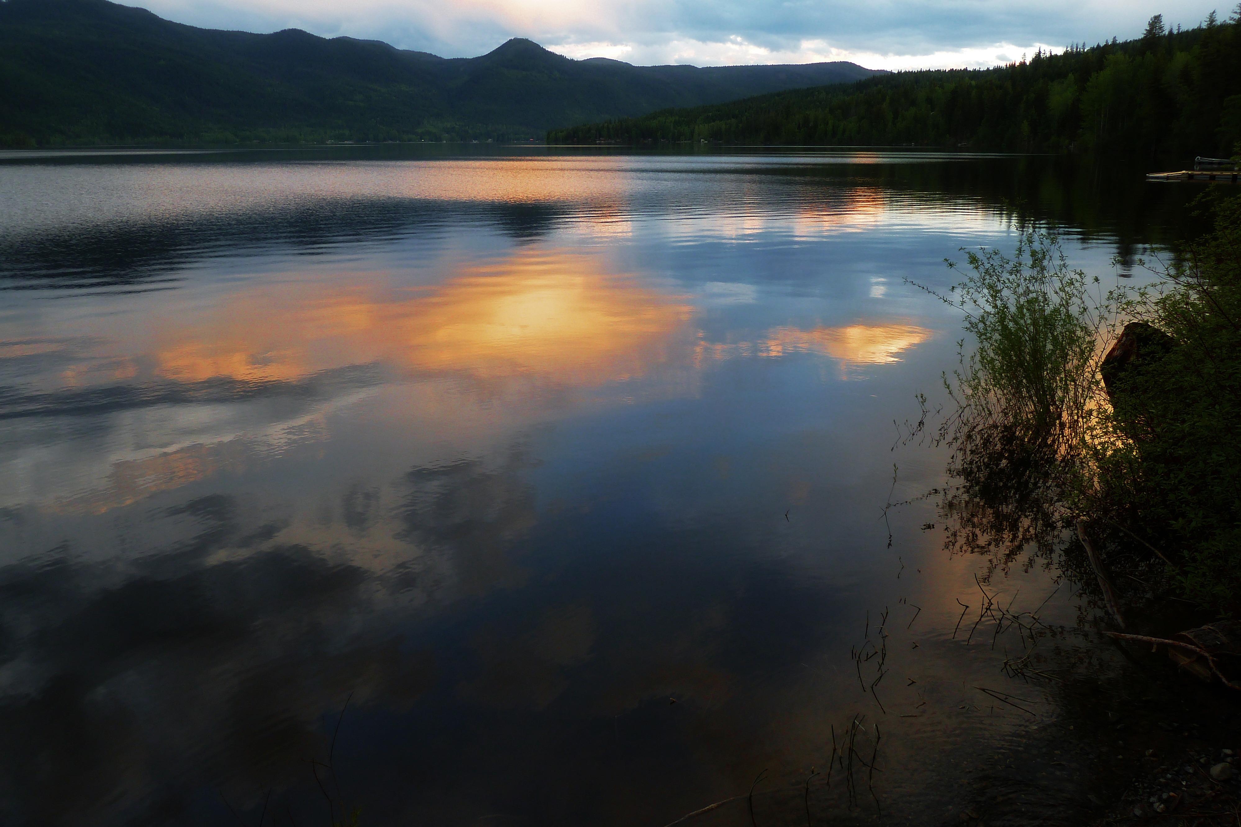 canim_lake_british_columbia_canada